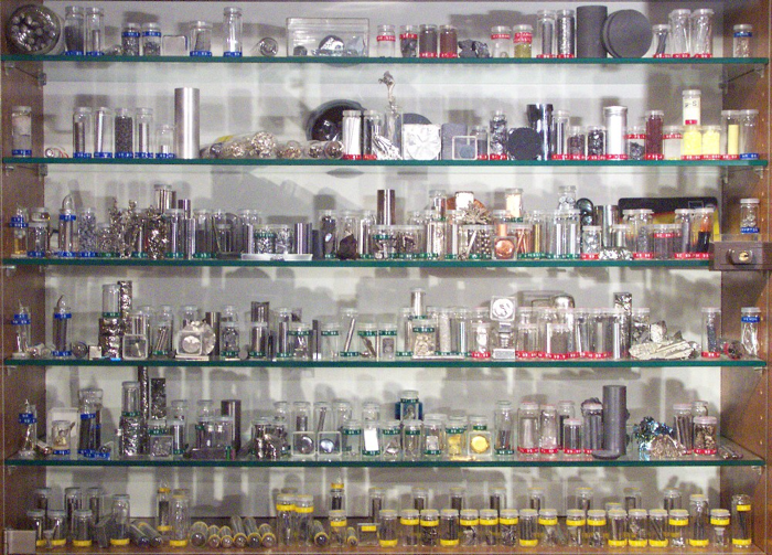 Periodic table database chemogenesis there are the alkali metals alkaline earth metals boron group carbon group nitrogen group chalcogens halogens noble gases hard metals urtaz Gallery